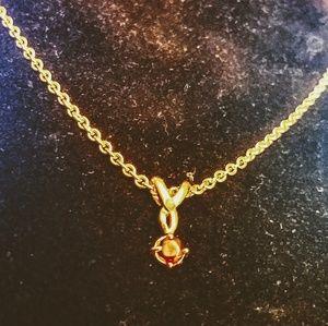 Vintage garnet pendant necklace